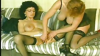 Vintage porno from the early 1980s with a hot threesome including lots of fisting and dick sucking and wild hair...