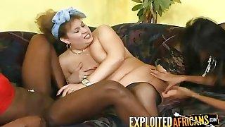 Kinky granny with saggy tits likes ebony company having her first lesbian threeway