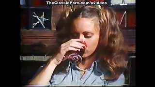 Amber Hunt, Maryanne Fisher, Mitzi Fraser in vintage xxx video