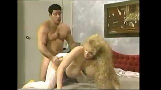 Chessie moore - ' tit in a wringer ' 1993